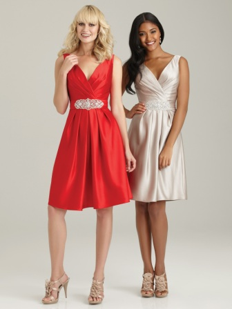 Women's Deep V-Neck Beaded Waist Bridesmaid Dress