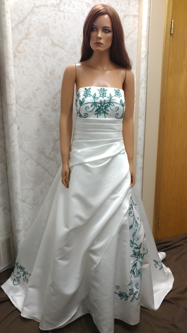 ivory dress with hunter green embroidery
