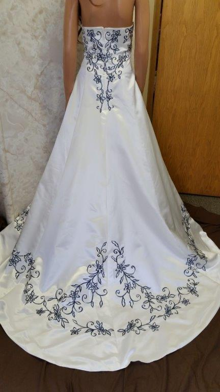 navy and ivory wedding gown