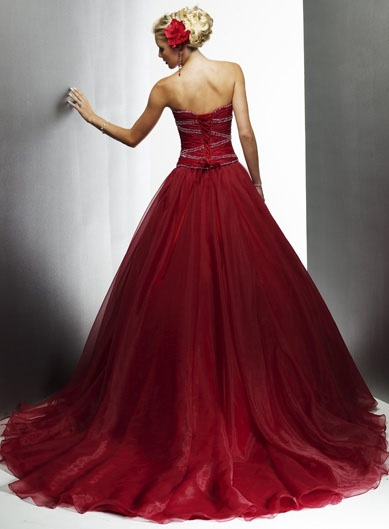 strapless sweetheart neckline red wedding dress