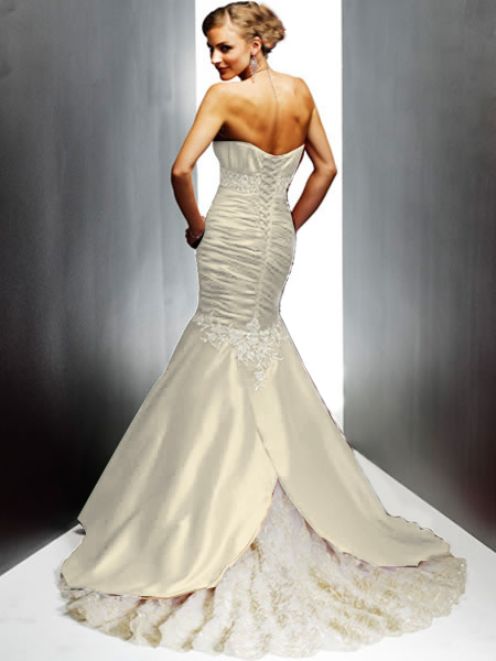 ivory mermaid sweetheart back wedding gown