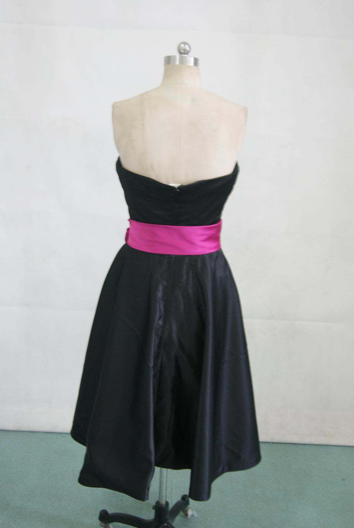 strapless short dress with fushia sash