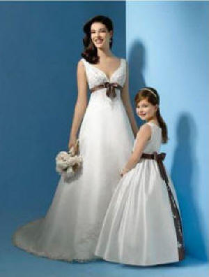 ivory wedding dresses and matching flower girl dresses