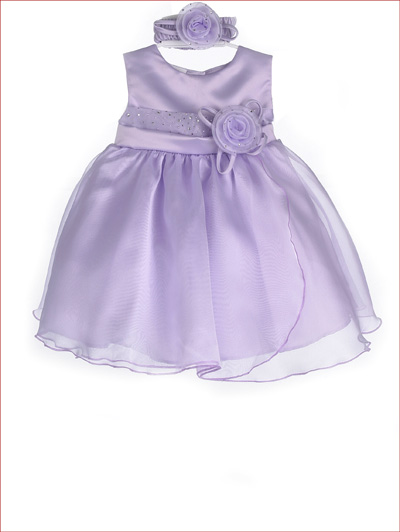 white infant medium dress under 30