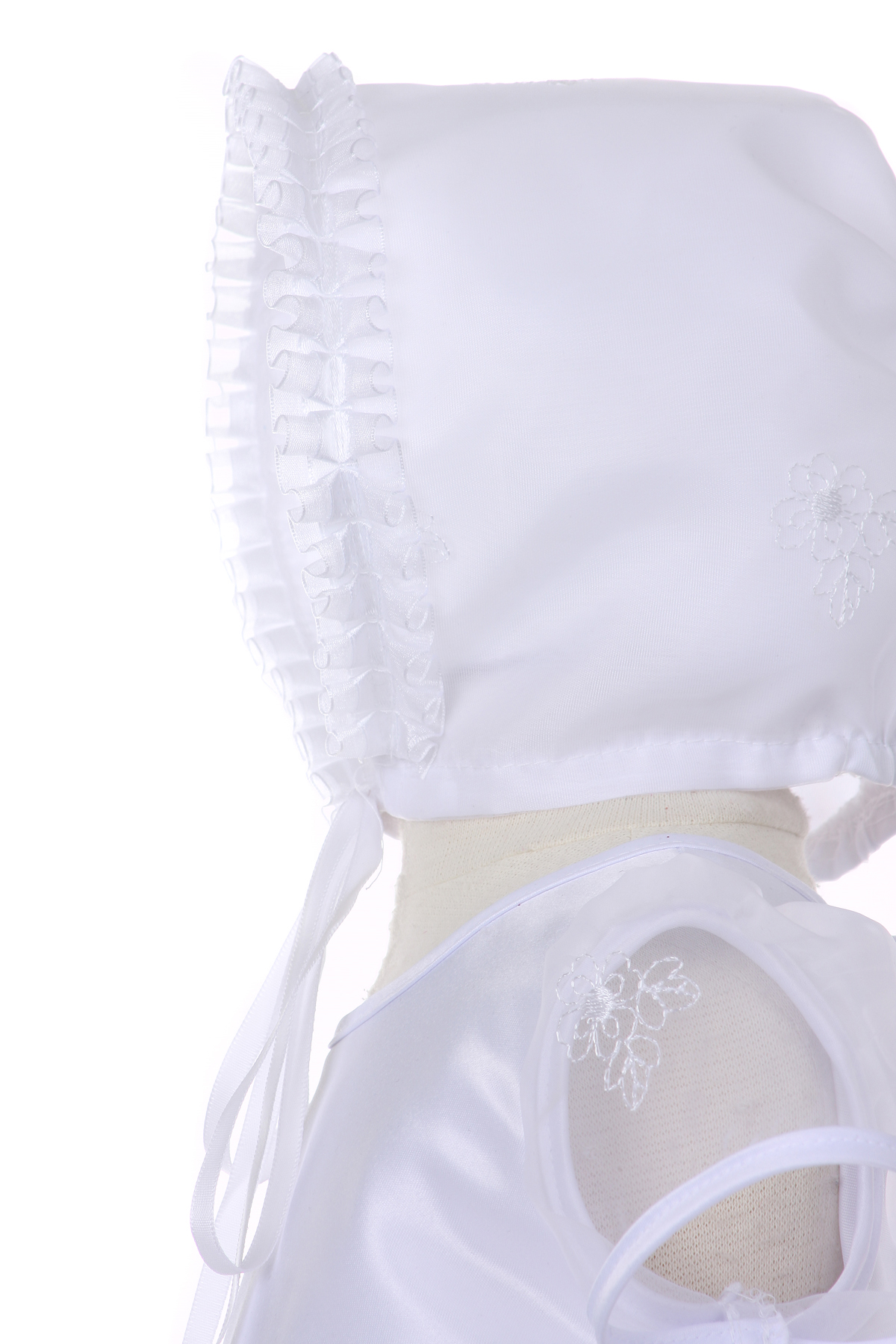 Beautiful baptism dress with bonnet