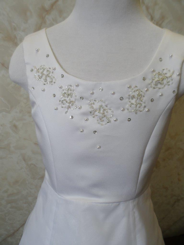 white flower girl dress without shoulder bows