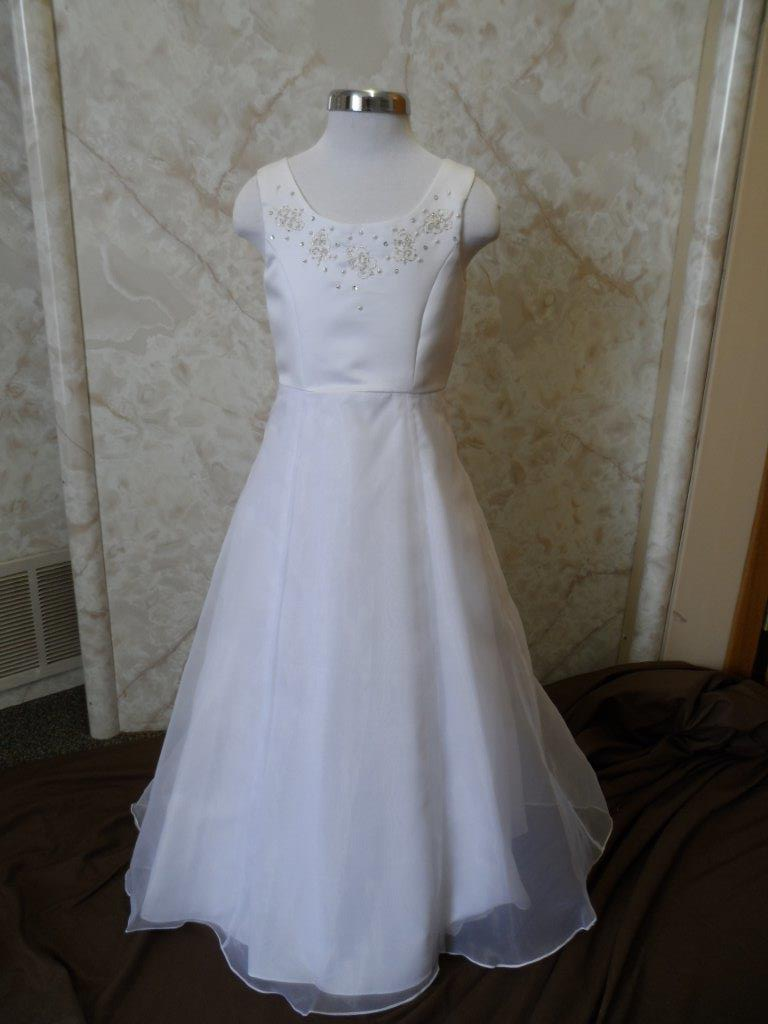 white size 6 flower girl dress