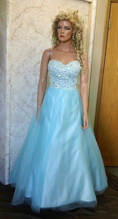 pool blue sweetheart prom dresses