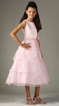pink tiered skirt dress