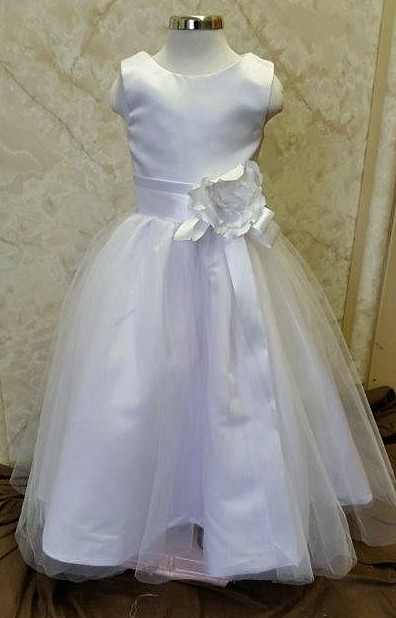 Long flower girl dress with scoop neck