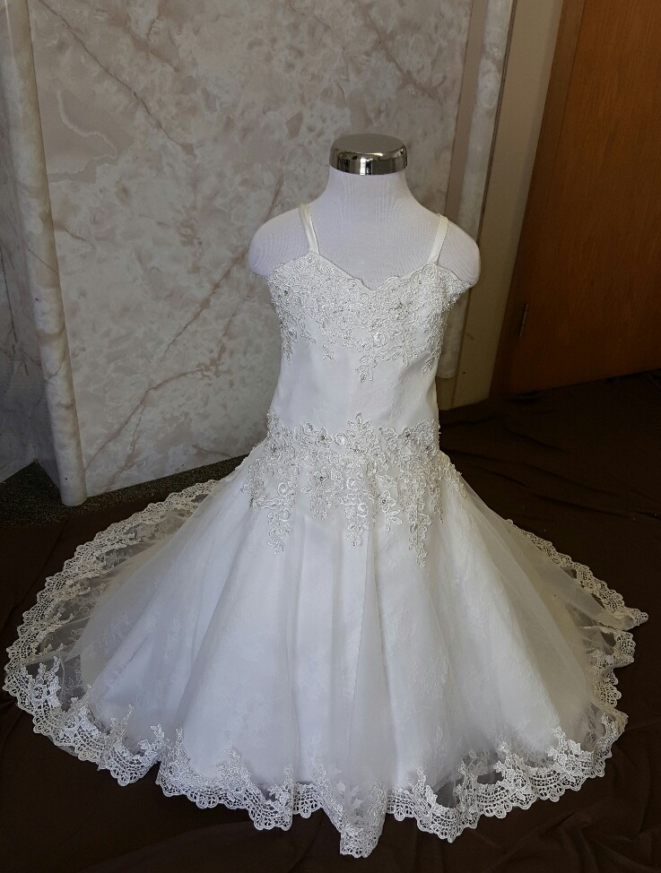 size 4 flower girl dress with train