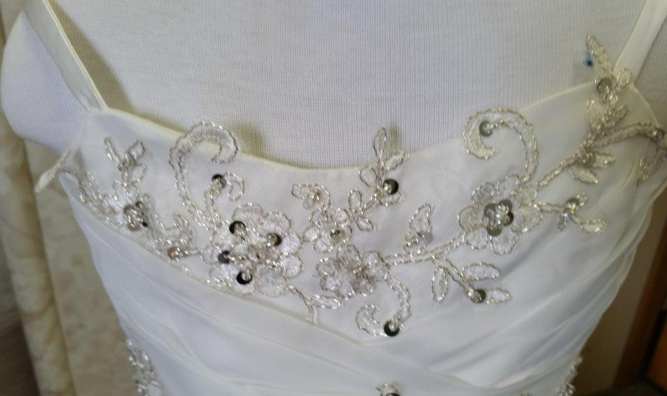 lace applique bodice