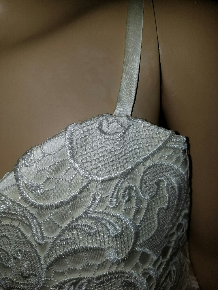 luxury lace fitted bodice