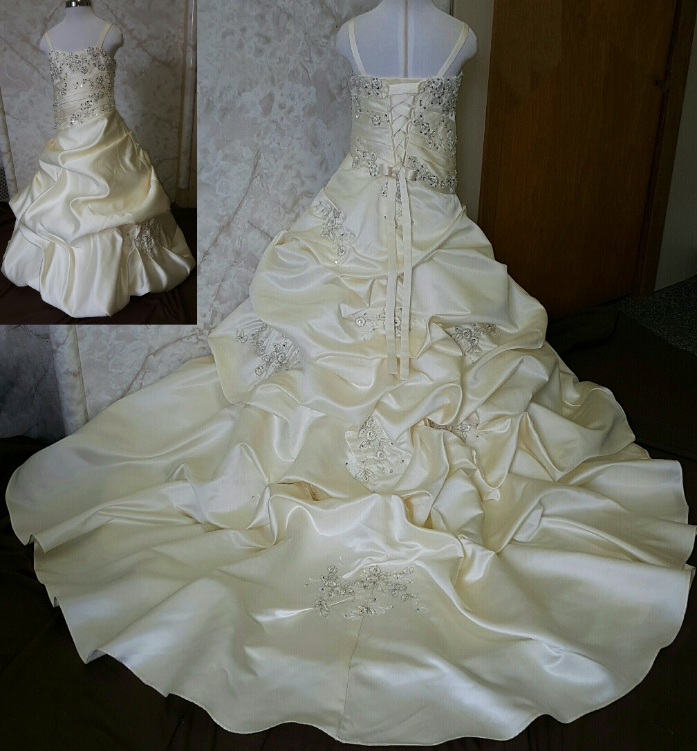 matching mother daughter wedding dresses