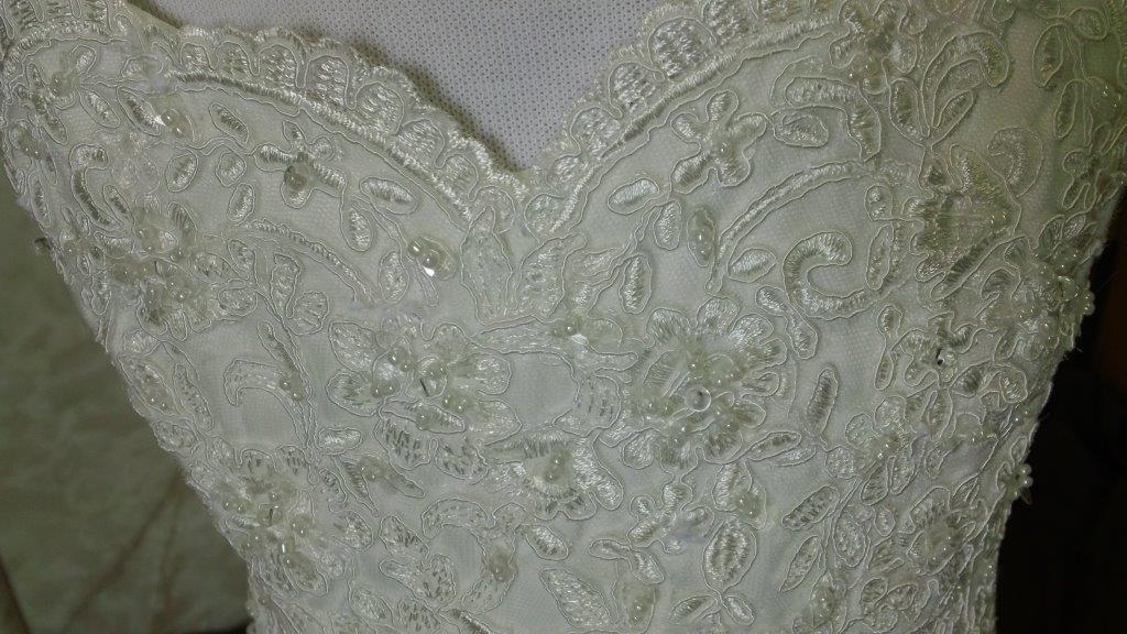 sweetheart lace bodice