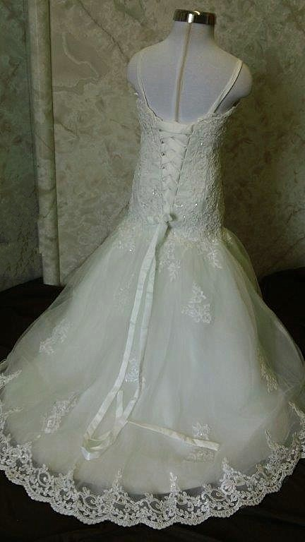 flower girl wedding dress train