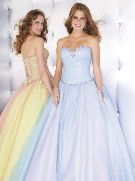 Sweetheart strapless formal ball gown