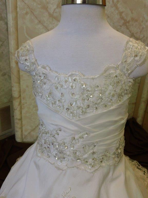 applique lace flower girl dresses