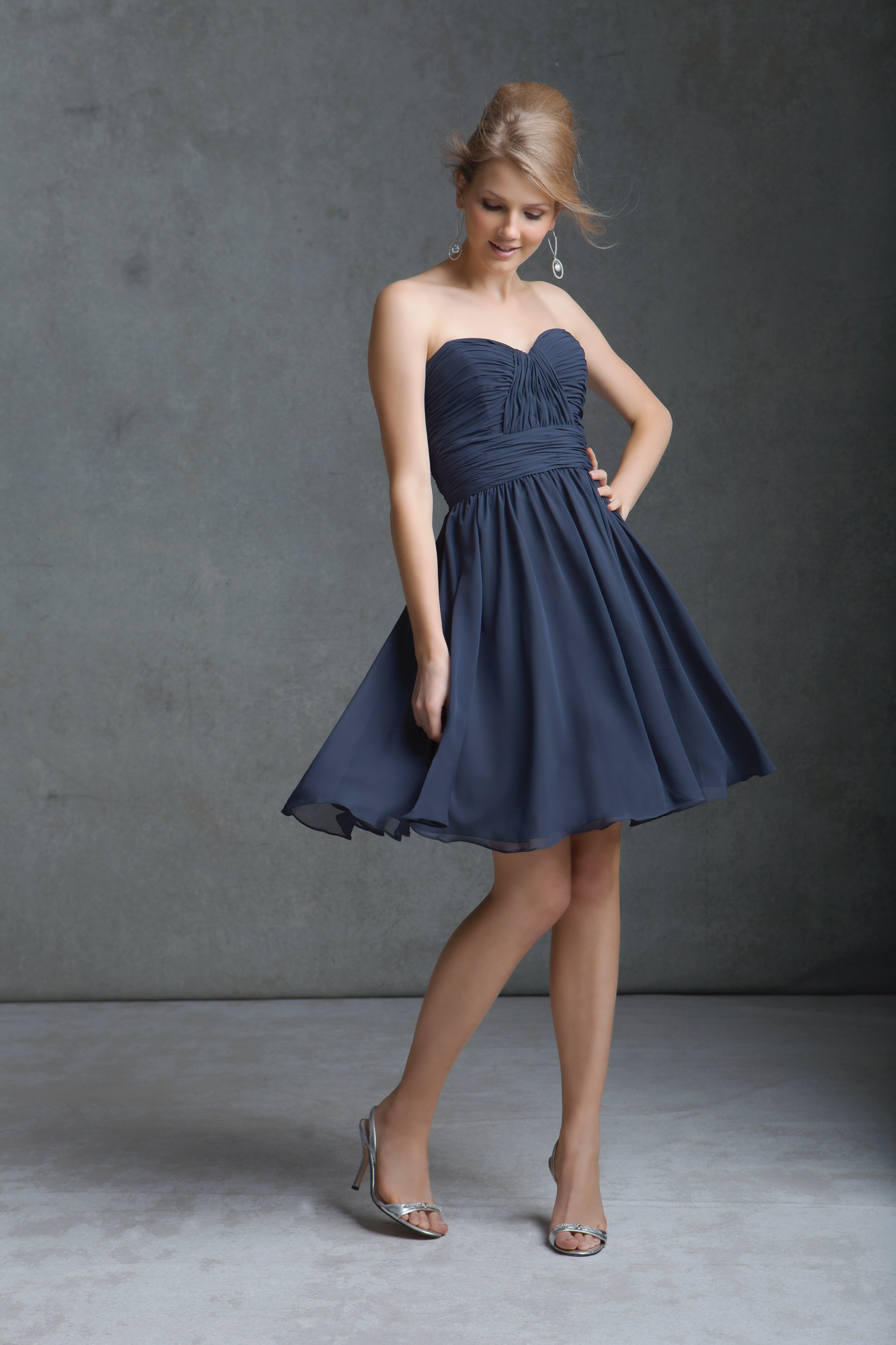 short fitted chiffon bridesmaid dress