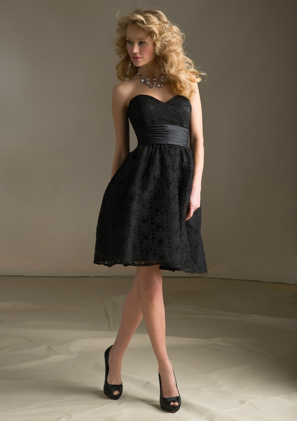 Black Strapless Sweetheart Lace Dress