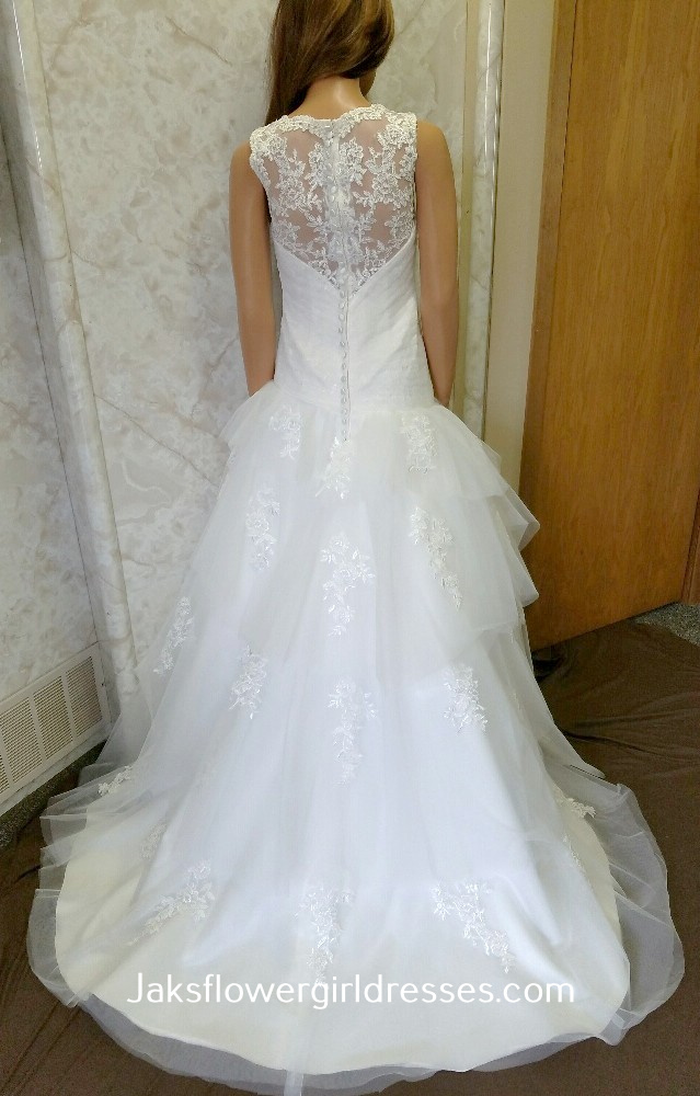 lace tiered bridal wedding dress