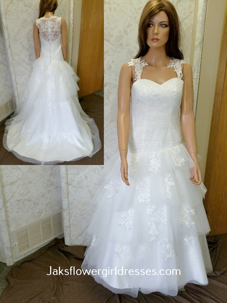 wedding dress with heart shaped back