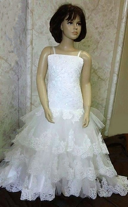 lace tiered flower girl dress
