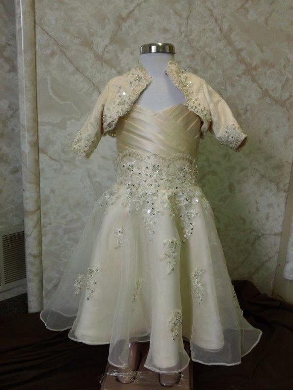 lace sweetheart wedding dress with matching jacket