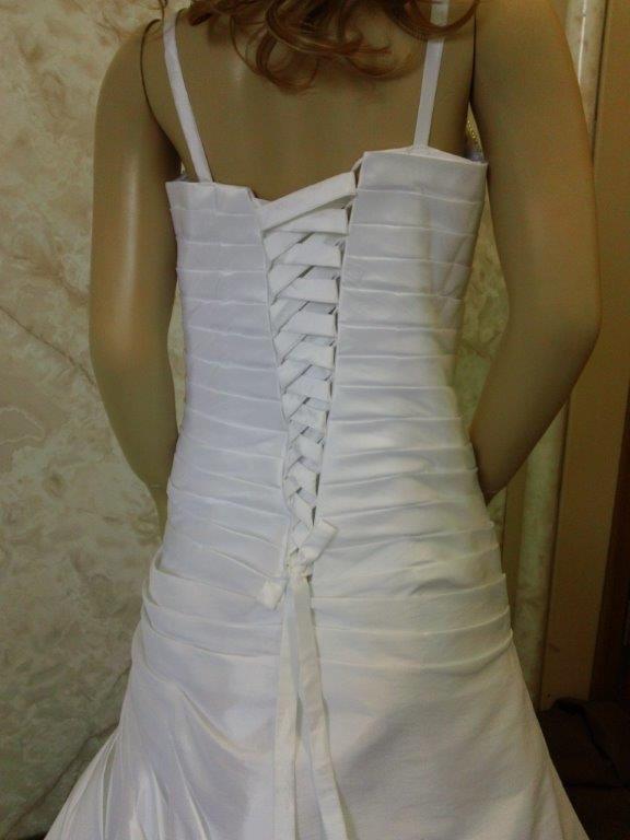 pleated back with corset tie