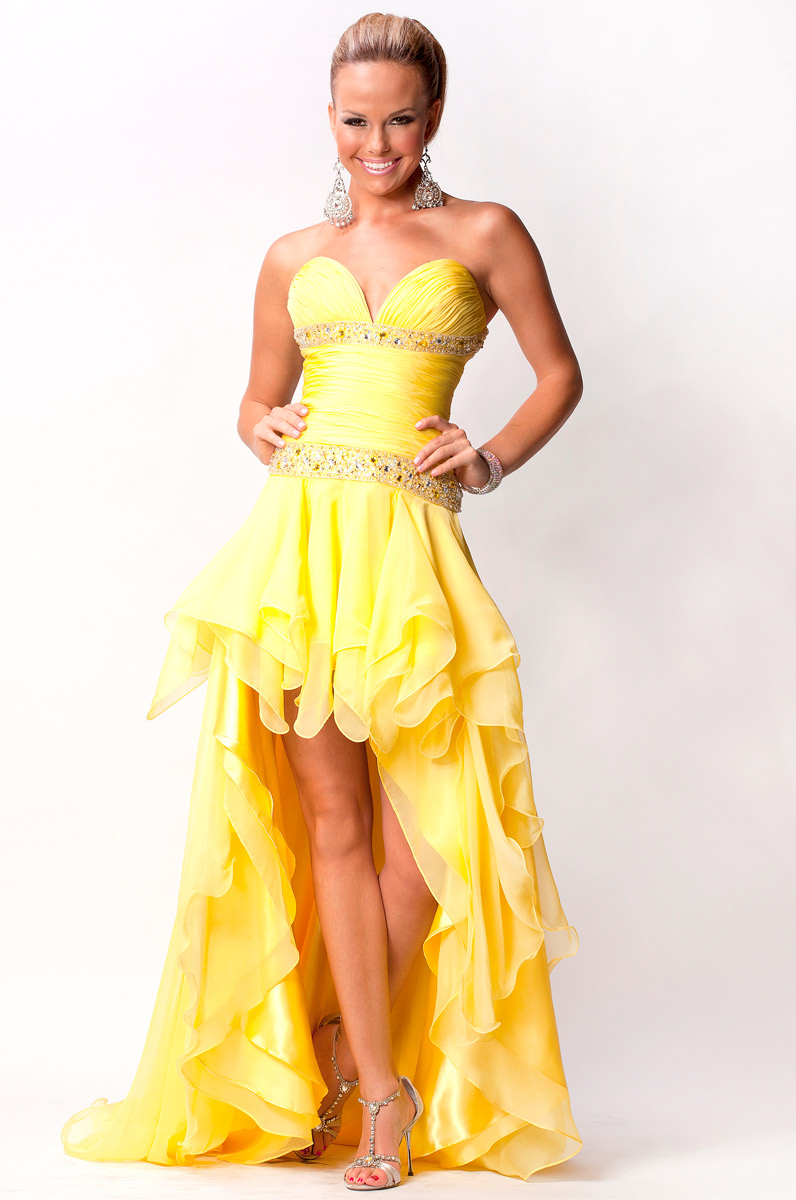 Hi-low yellow chiffon prom gown