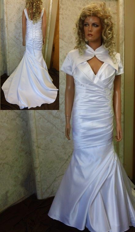 deep v neck wedding gown