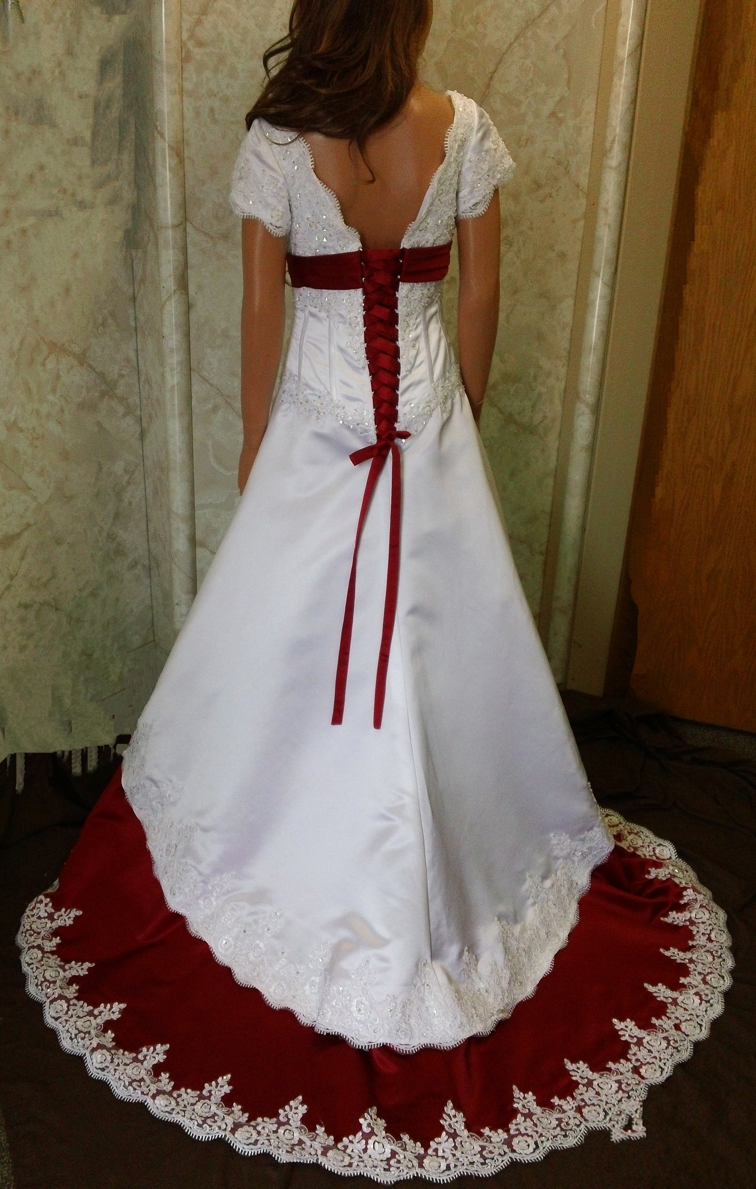White and apple red Wedding dress