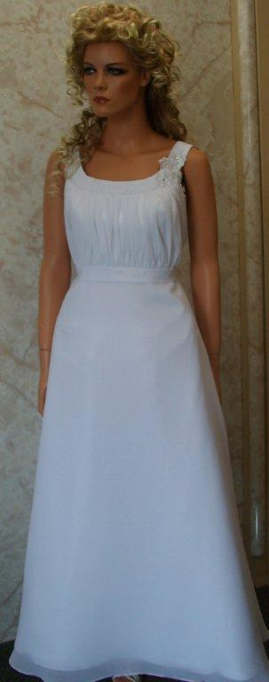 white chiffon bridesmaid dress