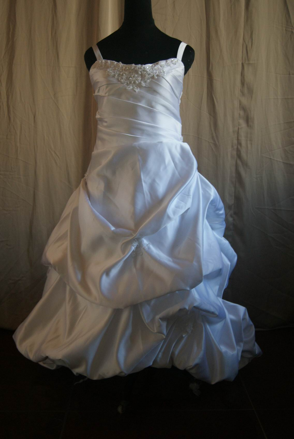white miniature gown
