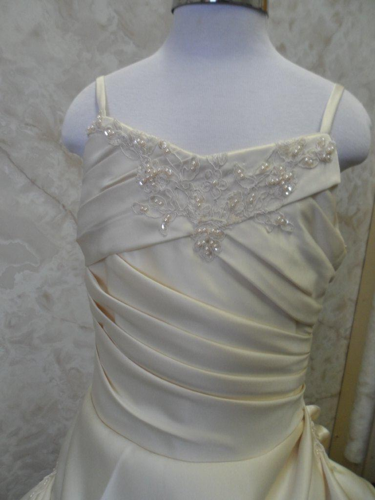 Light Champagne size 8 mini bridal gown
