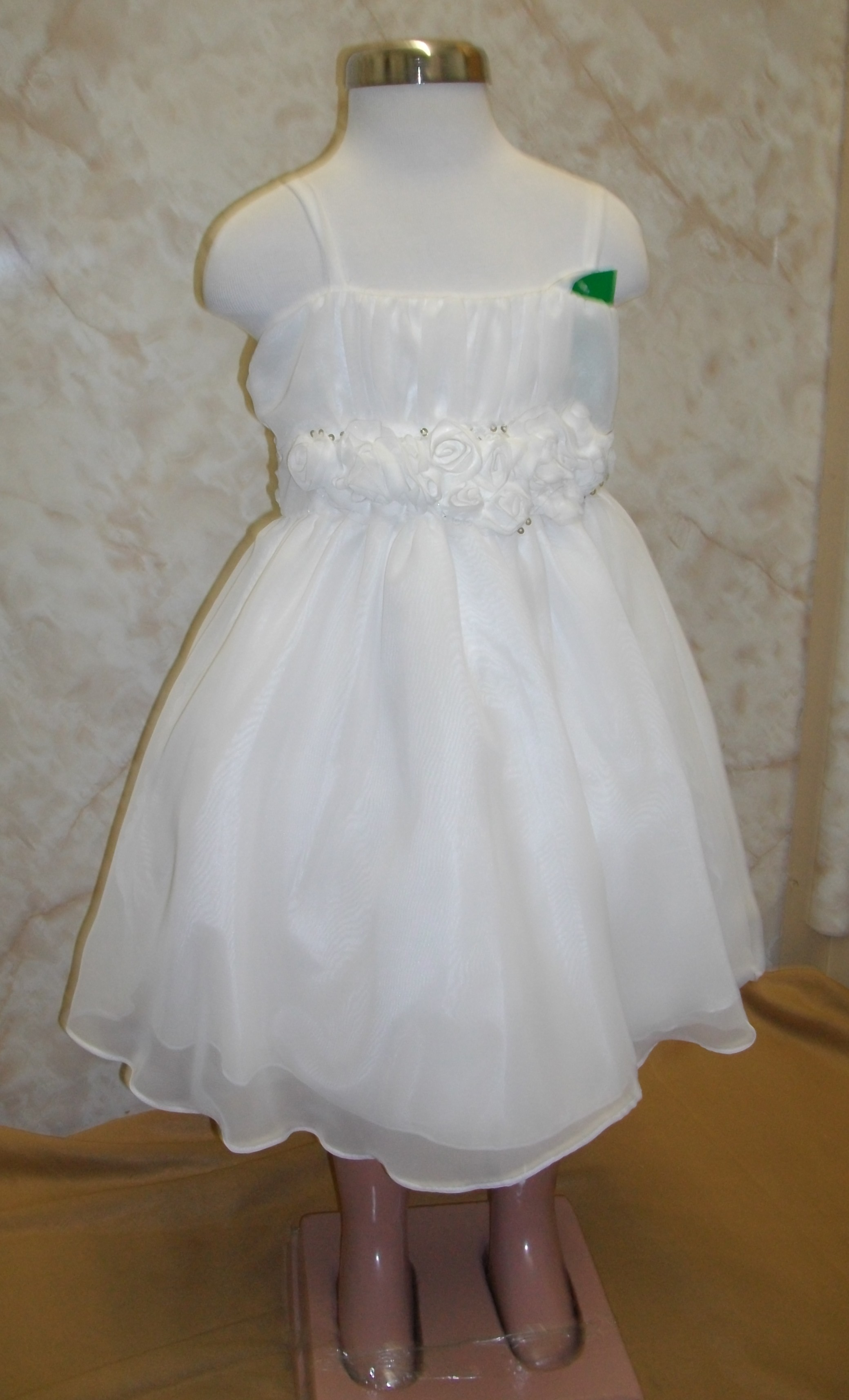 childr size 2 ivory rosette dress