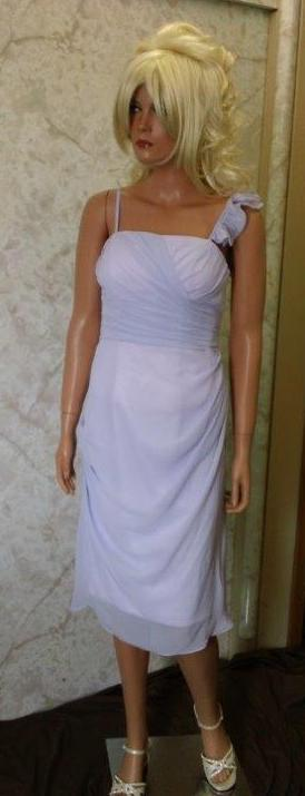 Short lilac chiffon bridesmaid dress