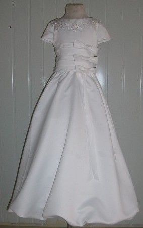 comunion dress with sleeves