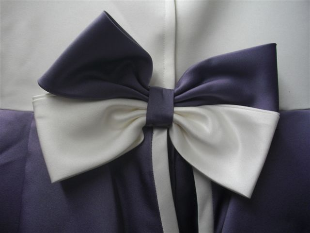 Victorian lilac and white back bow