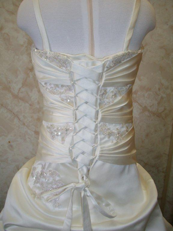 minature bride, ivory, spaghetti strap, lace up back