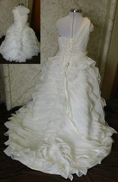 miniature brides gown