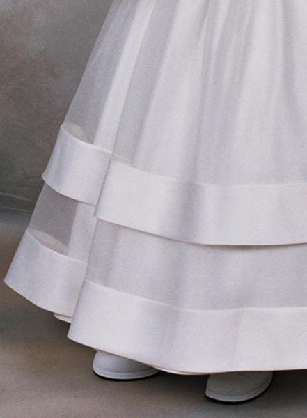 Double satin bands, organza full skirt