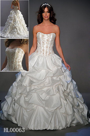 Pick up strapless Ball Gown Wedding Dress