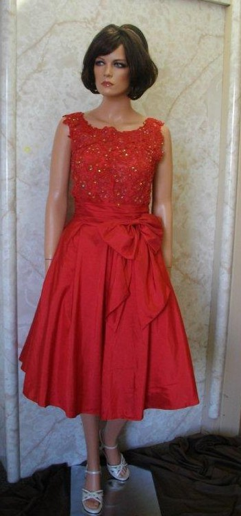 elegant short red mother of the bride/groom dress