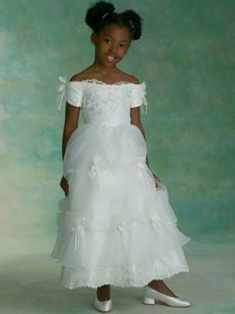 White Tea-length Off the Shoulder Flower Girls Dress