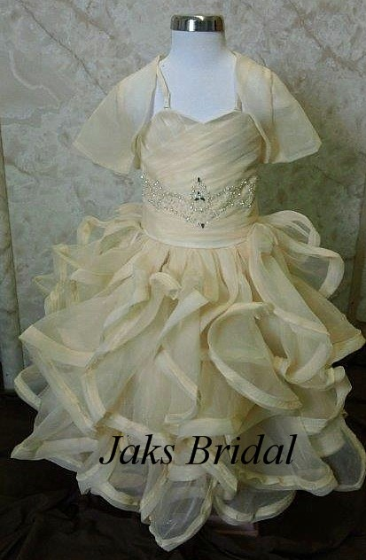 Princess wedding gowns for your 2 year old flower girl