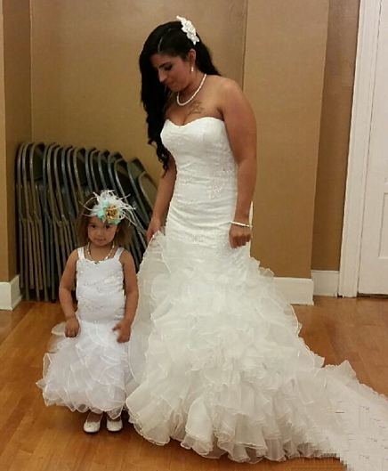 wedding dresses for bride and baby girl