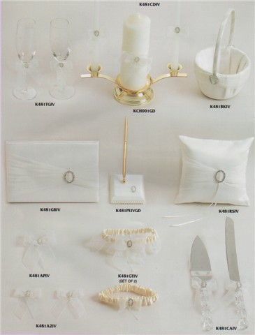 Ivory wedding accessories