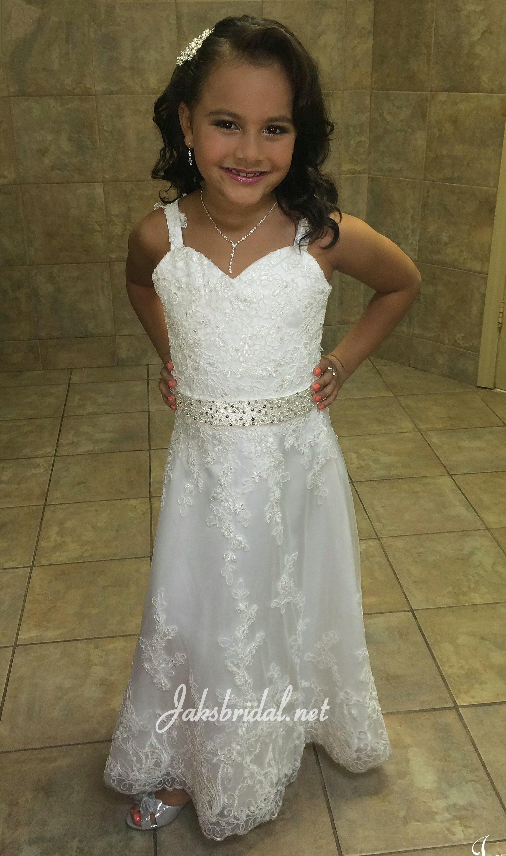 Sweetheart lace flower girl dress