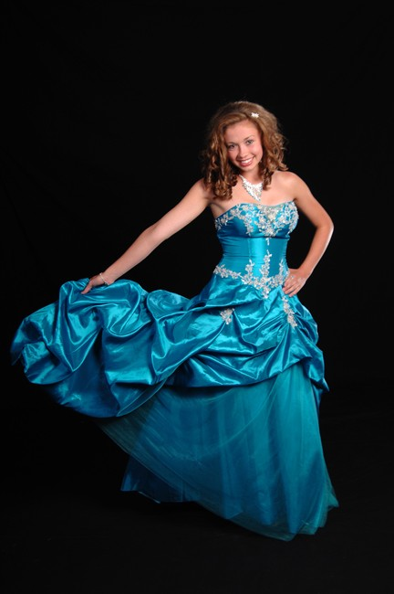 Prom, Homecoming, Formal Dress, Cocktail Dresses as well as Pageant, & Quinceanera Dresses.